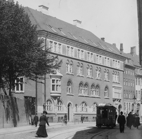 Telefonhuset Nørregade 1900-1910 - Foto Fritz Benzen (Køenhavns Museum)
