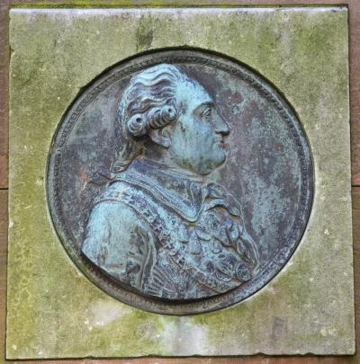 I Classens Have står et monument til minde om J.F.Classen. Det er udført af Gotfred Tvede efter en original af Johs. Wiedewelt.