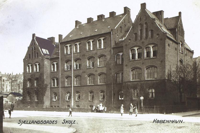 Sjællandsgades Skole - udateret postkort (Det Kgl. Bibliotek)