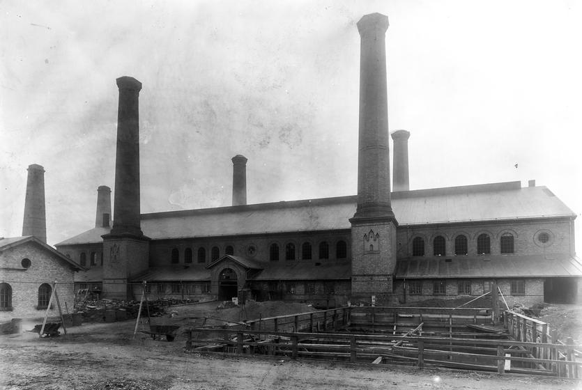 Østre Gasværk under opførelse. Foto af Frederik Riise. (Københavns Museum)