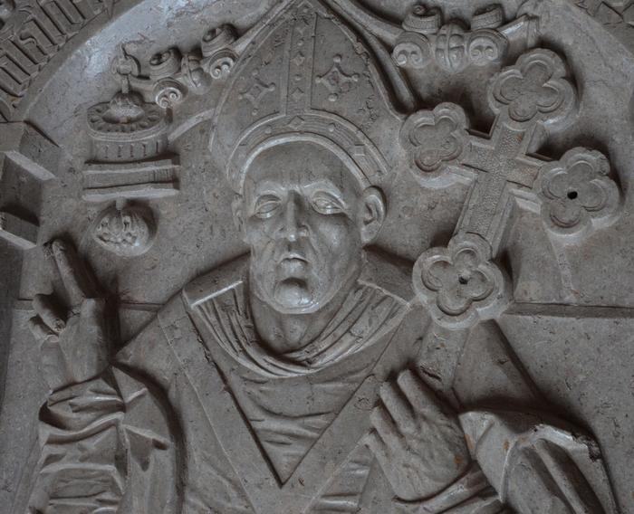 Absalon gengivet på hans ligsten i Sorø Klosterkirke.