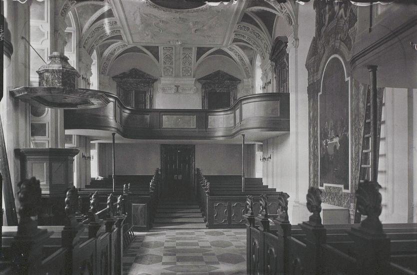 Frederiksberg Slotskirke. Foto af Holger Damgaard. (Det Kgl. Bibliotek)